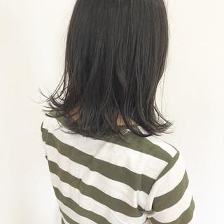 黒髪 ナチュラル 外ハネ ミディアム ヘアスタイルや髪型の写真・画像