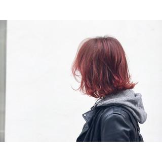 モード レッド ミディアム ボブ ヘアスタイルや髪型の写真・画像
