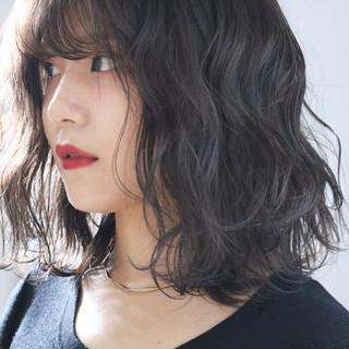グレージュ ナチュラル 透明感カラー パーマ ヘアスタイルや髪型の写真・画像 ヘアスタイルや髪型の写真・画像
