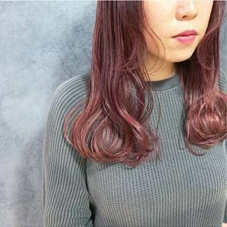 春 ベリーピンク ロブ ラズベリーピンク ヘアスタイルや髪型の写真・画像