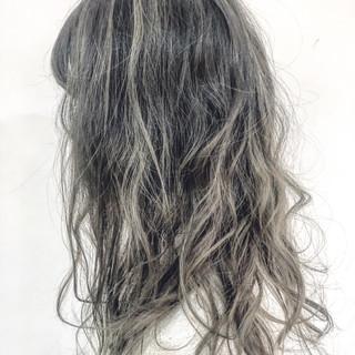 アディクシーカラー ナチュラル セミロング 大人ハイライト ヘアスタイルや髪型の写真・画像