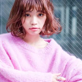 外国人風カラー アディクシーカラー ボブ ベリーピンク ヘアスタイルや髪型の写真・画像
