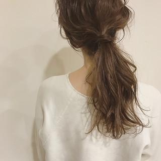 ミディアム 簡単ヘアアレンジ ミルクティー ヘアアレンジ ヘアスタイルや髪型の写真・画像 ヘアスタイルや髪型の写真・画像