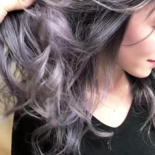 外国人風カラー グラデーションカラー ガーリー グレージュ ヘアスタイルや髪型の写真・画像