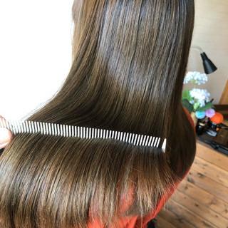 ナチュラル ロング 髪質改善トリートメント 髪質改善カラー ヘアスタイルや髪型の写真・画像