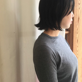 ウェットヘア 外ハネ ナチュラル メッシュ ヘアスタイルや髪型の写真・画像 ヘアスタイルや髪型の写真・画像