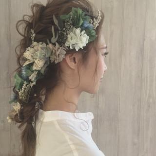 フェミニン セミロング ゆるふわ 結婚式 ヘアスタイルや髪型の写真・画像