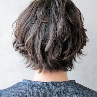 大人かわいい グレージュ 外国人風 ハイライト ヘアスタイルや髪型の写真・画像