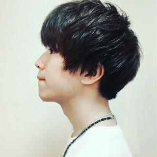 黒髪 ナチュラル ボーイッシュ メンズ ヘアスタイルや髪型の写真・画像