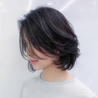 モテボブ レイヤー ハイライト パーマ ヘアスタイルや髪型の写真・画像