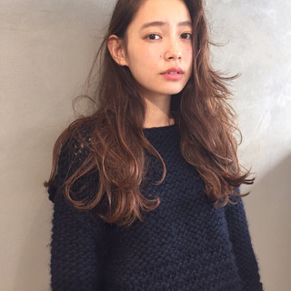 ゆるふわ アンニュイ 外国人風 大人かわいい ヘアスタイルや髪型の写真・画像