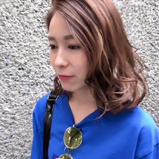外国人風カラー ハイライト ストリート デート ヘアスタイルや髪型の写真・画像