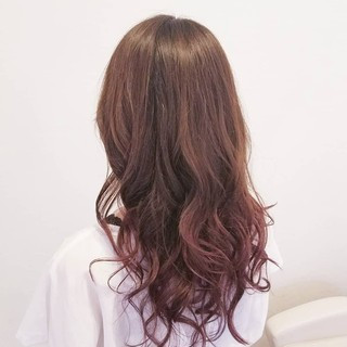 グラデーションカラー ロング フェミニン 透明感 ヘアスタイルや髪型の写真・画像