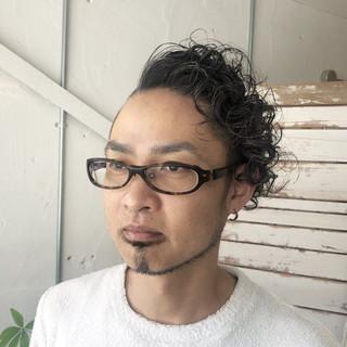 メンズパーマ パーマ ストリート メンズスタイル ヘアスタイルや髪型の写真・画像