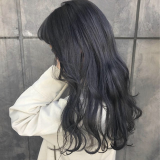 パープル ロング ナチュラル ダークグレー ヘアスタイルや髪型の写真・画像 ヘアスタイルや髪型の写真・画像