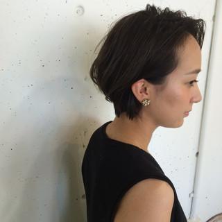 黒髪 モード 暗髪 ショート ヘアスタイルや髪型の写真・画像