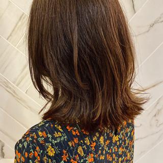 アンニュイほつれヘア 髪質改善カラー レイヤーボブ ボブ ヘアスタイルや髪型の写真・画像