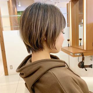 ナチュラル ショートヘア ショート 大人可愛い ヘアスタイルや髪型の写真・画像