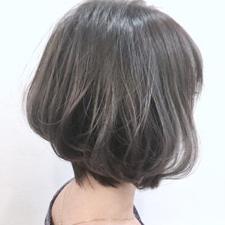 フェミニン ショート 外国人風カラー アメジスト ヘアスタイルや髪型の写真・画像