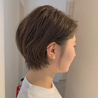 ショートヘア 小顔ショート ショートボブ ナチュラル ヘアスタイルや髪型の写真・画像