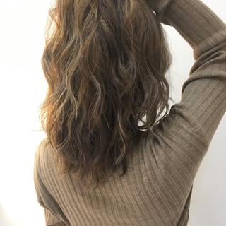 エレガント 外国人風カラー 上品 ミディアム ヘアスタイルや髪型の写真・画像