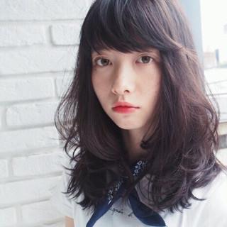 ミディアム 外国人風 前髪あり アッシュ ヘアスタイルや髪型の写真・画像