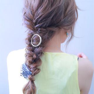 アンニュイ 二次会 ヘアアレンジ ウェーブ ヘアスタイルや髪型の写真・画像