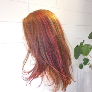 ハイトーン ストリート セミロング スポーツ ヘアスタイルや髪型の写真・画像