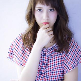 外国人風 フェミニン 大人かわいい ナチュラル ヘアスタイルや髪型の写真・画像
