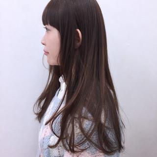 グラデーションカラー ガーリー ロング 前髪あり ヘアスタイルや髪型の写真・画像