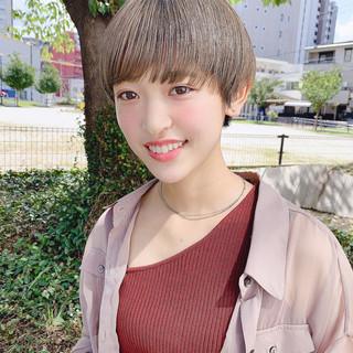 ベリーショート ショートヘア ナチュラル マッシュショート ヘアスタイルや髪型の写真・画像