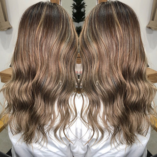 セミロング 外国人風カラー グレージュ モード ヘアスタイルや髪型の写真・画像