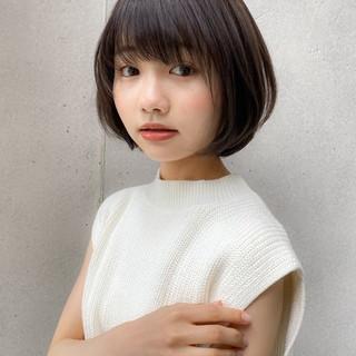 デジタルパーマ アッシュ ショートボブ 大人かわいい ヘアスタイルや髪型の写真・画像