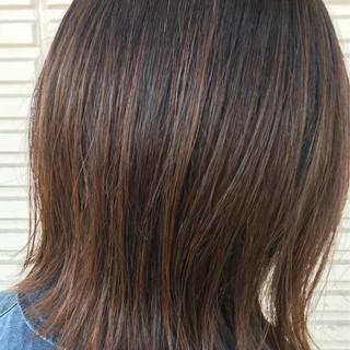 外ハネ グラデーションカラー モード ウェットヘア ヘアスタイルや髪型の写真・画像
