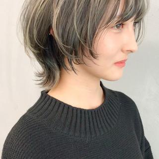 ストリート マッシュウルフ デザインカラー ジェンダーレス ヘアスタイルや髪型の写真・画像