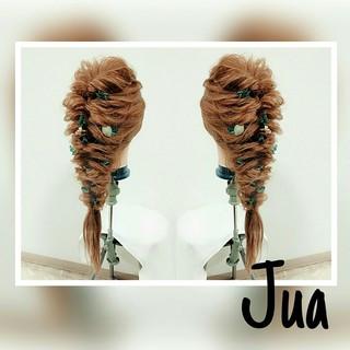 ルーズ くるりんぱ 外国人風 ヘアアレンジ ヘアスタイルや髪型の写真・画像 ヘアスタイルや髪型の写真・画像