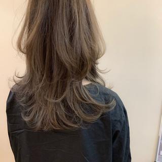 ナチュラル アンニュイほつれヘア 大人かわいい ウルフカット ヘアスタイルや髪型の写真・画像