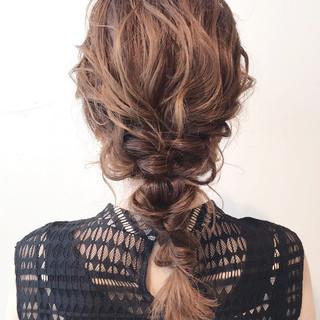 ナチュラル ロング 結婚式ヘアアレンジ 簡単ヘアアレンジ ヘアスタイルや髪型の写真・画像