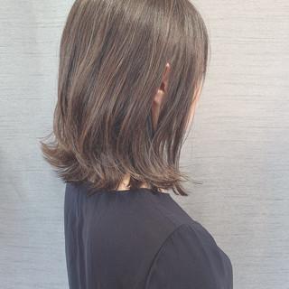イルミナカラー おしゃれさんと繋がりたい 大人ハイライト エレガント ヘアスタイルや髪型の写真・画像