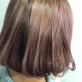 ベージュ 大人女子 色気 ナチュラル ヘアスタイルや髪型の写真・画像