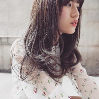 セミロング ストリート ゆるふわ 大人女子 ヘアスタイルや髪型の写真・画像