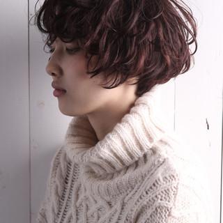 暗髪 モード ショート パーマ ヘアスタイルや髪型の写真・画像