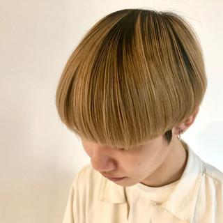 ブラウンベージュ メンズマッシュ マッシュショート ショート ヘアスタイルや髪型の写真・画像