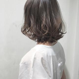 大人女子 ボブ ナチュラル ウェーブ ヘアスタイルや髪型の写真・画像