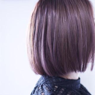 ラベンダーアッシュ パープル パープルアッシュ ナチュラル ヘアスタイルや髪型の写真・画像