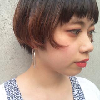 似合わせ ショート ボブ ストリート ヘアスタイルや髪型の写真・画像