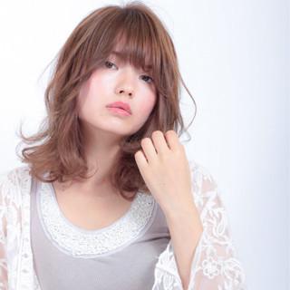 色気 ミディアム 秋 パーマ ヘアスタイルや髪型の写真・画像 ヘアスタイルや髪型の写真・画像