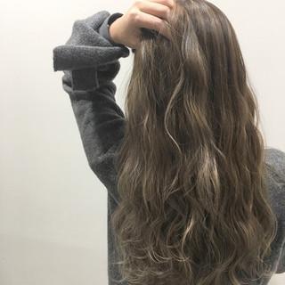 グラデーションカラー ヘアアレンジ ロング アッシュ ヘアスタイルや髪型の写真・画像