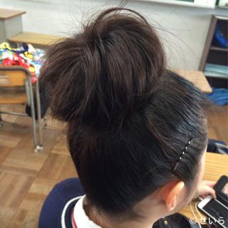 黒髪 お団子 ゆるふわ ヘアアレンジ ヘアスタイルや髪型の写真・画像