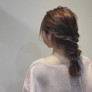 セミロング ショート くるりんぱ 大人女子 ヘアスタイルや髪型の写真・画像
